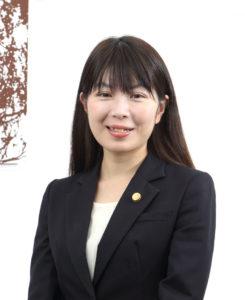 弁護士 坂本志乃
